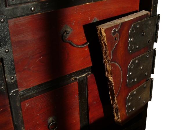 Le vrai meuble japonais ancien neuf for Meuble japonais ancien