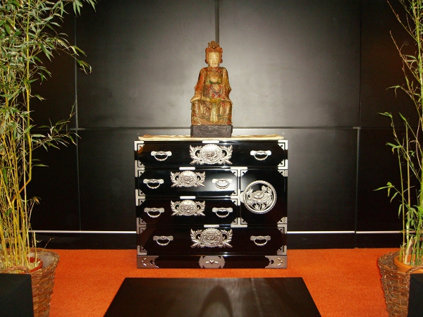 Le vrai meuble japonais ke ta 0006 lb no for Meuble japonais noir